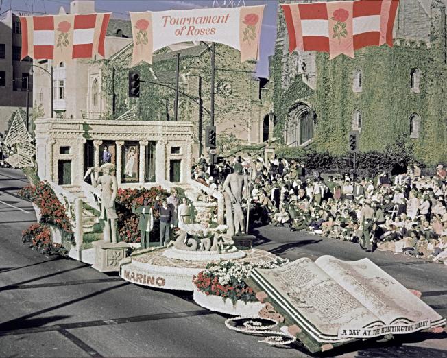 睽違50年 漢庭頓圖書館重返玫瑰花車遊行 - 世界新聞網