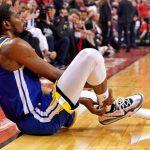 NBA/杜蘭特又受傷 柯瑞贏球難開心