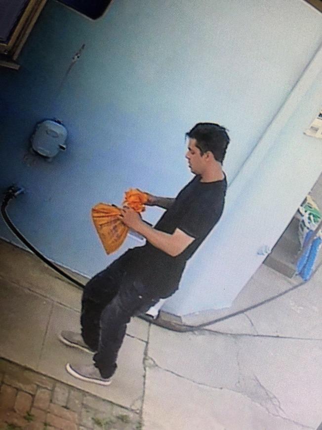 阿罕布拉市10日驚爆槍擊案,一名休班洛杉磯縣警局(LASD)警員頭部中彈。圖為嫌犯。(洛杉磯縣警局提供)