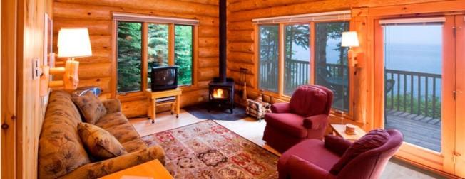 到小木屋度假是明州文化特色之一。(世界休閒度假村官網World-Spa-Resorts.com截圖)