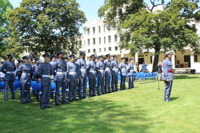 紐約軍校在校內舉辦第129屆畢業典禮,21名學生畢業。(記者劉大琪/攝影)