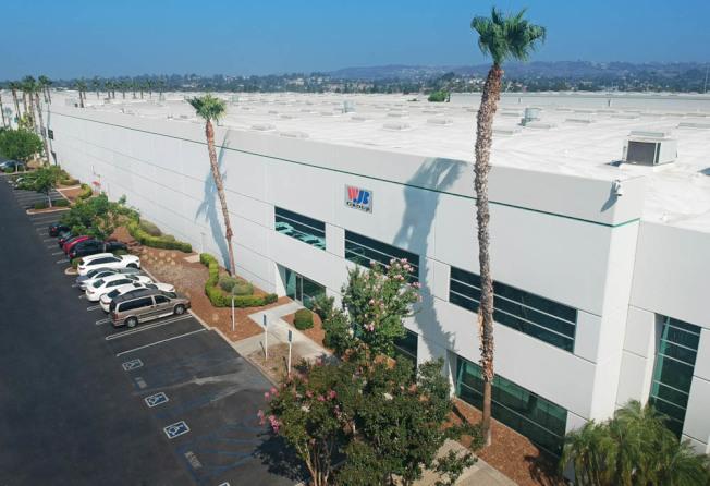 WJB Group萬嘉集團設在密西根的大型倉庫和辦公室。27年將中國進口軸承和汽車配件生意做到最大,商家第一次擔心中美貿易戰的衝擊。(蔣俊提供)