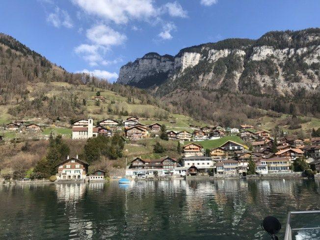 瑞士慢活小鎮圖恩 值得來這放空