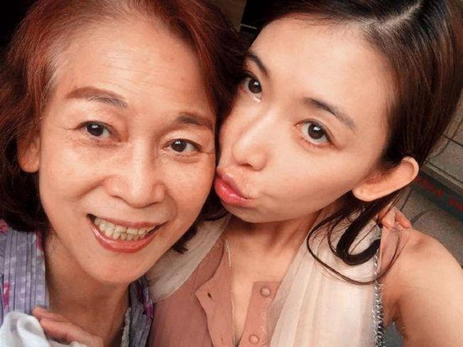 林志玲閃婚,被爆是為了幫媽媽沖喜。(取材自臉書)