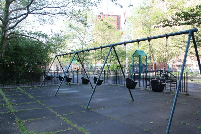Classon大道站周圍生活設施良好,有社區遊樂場。(記者劉大琪/攝影)