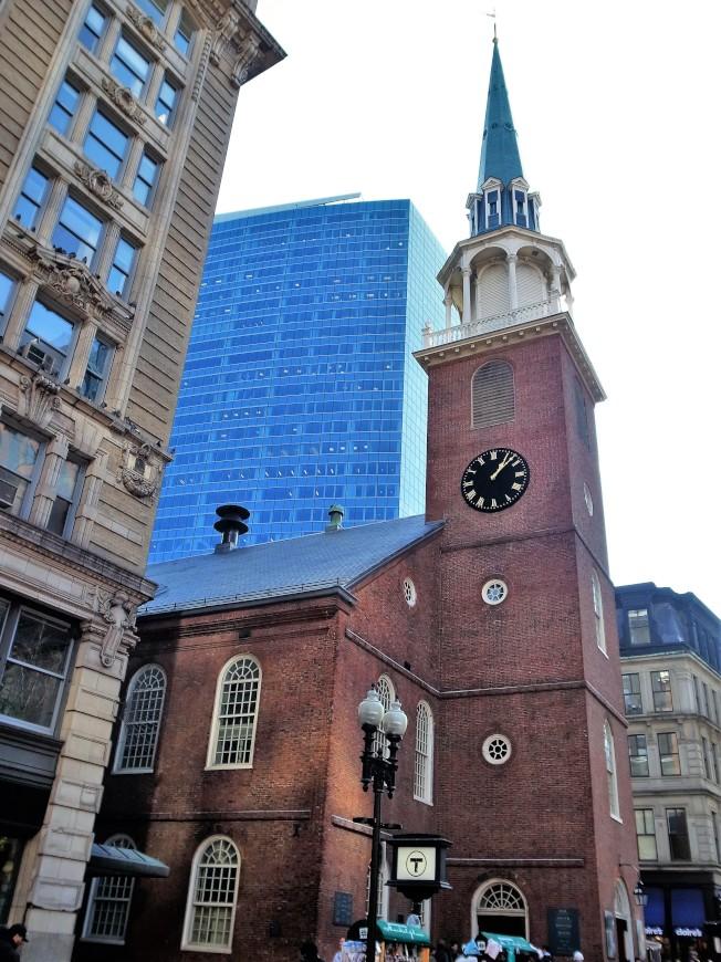 1773年亞當斯召集會議的老南聚會所,被視為美國獨立運動的濫觴地。