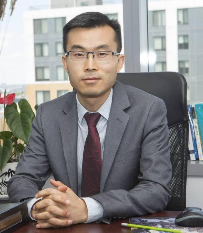 陳偉濤律師精擅商標註冊及各類商業法。