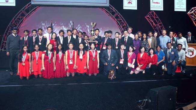 庫比蒂諾甘迺迪中學科學隊獲得全國科學奧林匹亞競賽冠軍,甚至打破創賽以來的最高得分紀錄。(圖:受訪者提供)