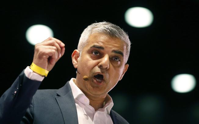 倫敦市長卡恩質疑川普有種族歧視。美聯社