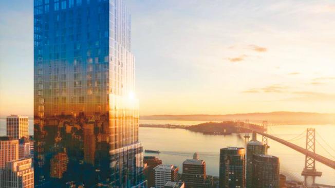 舊金山南瑪區(SoMa)新落成的現代共度公寓大樓「The Avery」,頂層公寓售價高達4100萬元,如果成功售出,將會創下舊金山共度公寓每平方呎4500元的天價紀錄。圖為可俯視海灣大橋和整個金山灣的大廈。(圖:地產公司提供)