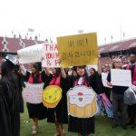 史大畢業生 華人也不少