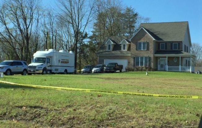 維州法奇爾郡比爾頓區一民宅發生雙屍命案,圖為案發住宅。(法郡警方提供)
