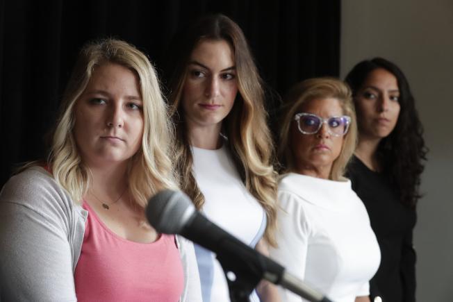 包括印第安納州一名女眾議員在內的四名女性18日向印州和聯邦平等就業機會委員會提控,指控共和黨籍州檢察長希爾性騷擾。(美聯社)
