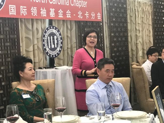 創會會長董繼玲強調訓練亞裔青年進入美國政經界的重要性。(記者王明心/攝影)