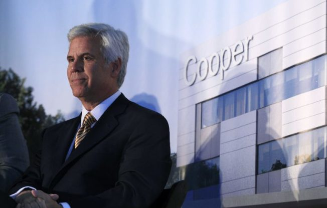 諾可斯於Cooper University Hospital擔任主席。(美聯社)