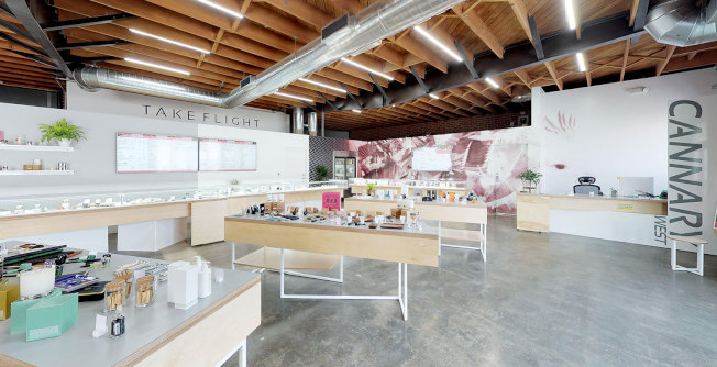 華裔業者Tony Fong在洛杉磯市西區也擁有一家大麻零售店「Cannary West」。(取自Cannary West官網)
