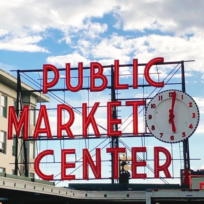 「派克市場」是西雅圖的地標,也是美國最古老的農夫市集。(記者錢欽青╱攝影)