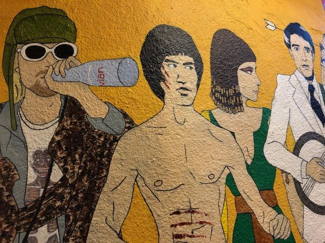 李小龍在西雅圖成長、長眠,塗鴉牆上充滿對他的回憶。(記者錢欽青╱攝影)
