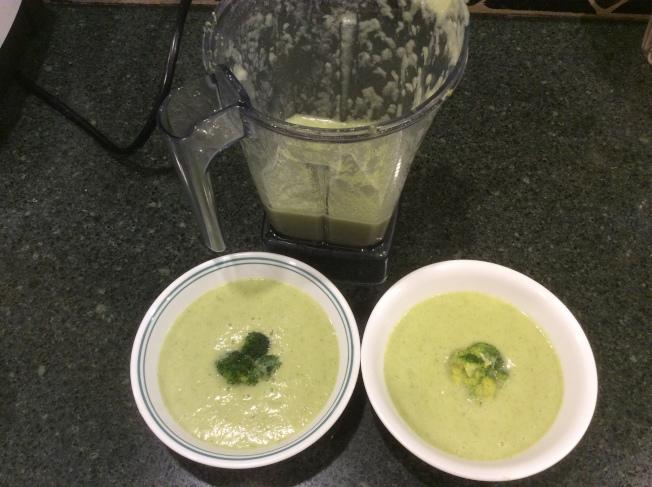 綠花椰菜湯