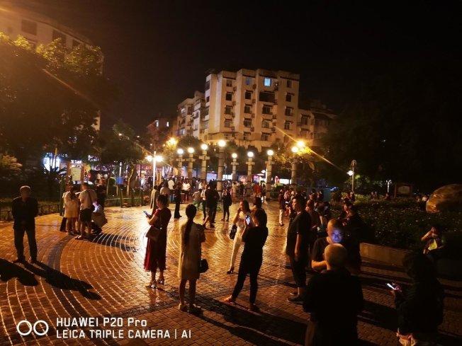 四川省宜賓市長寧縣17日晚間10時55分發生6.0地震,震源深度16公里。成都、重慶等地震感明顯。 新華社