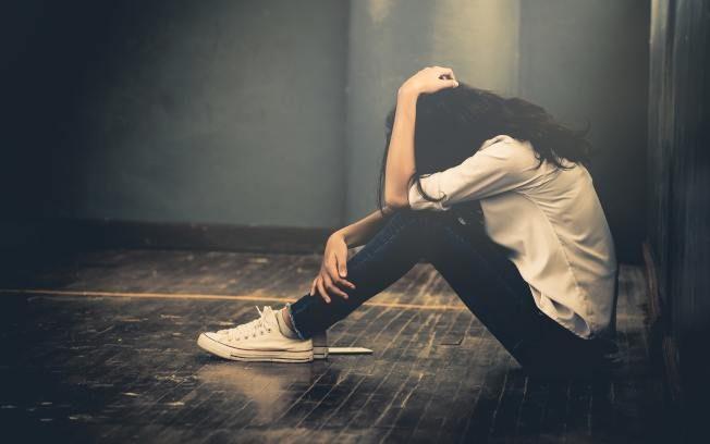 青少年自殺 三徵兆示警可防範