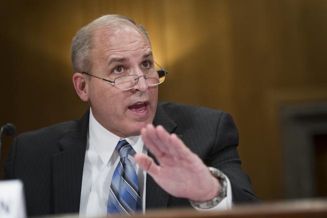 國土安全部ICE代理局長摩根表示,優先遣返揹負遞解令的無證移民。(美聯社)