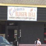 糧食券買餐館食材 老闆和61人被控詐欺