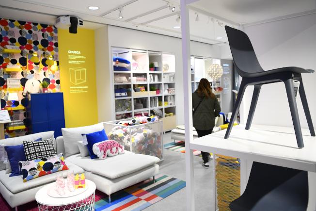 大部分宜家商店同時有一個陳列室、一個賣場、一個倉庫,所以若你在毫無準備的情況下進入龐大商店,會備感壓力且耗費時間。(Getty Images)