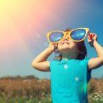 眼睛也要防曬!想買太陽眼鏡前 先聽聽眼科醫師怎麼說