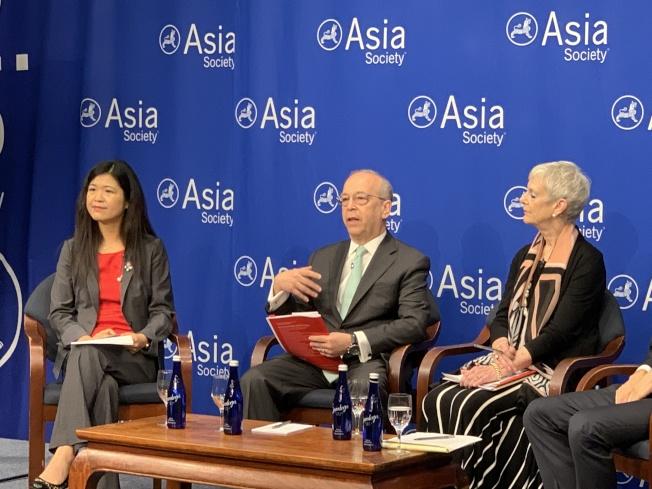 亞洲協會政策研究所副所長羅素(中)表示,中國方面有時太急於讓項目上馬,在沒有弄清所在國需求的情況下忽略了項目可能對當地產生的影響。(記者和釗宇/攝影)