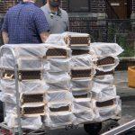 布碌崙8大道微商 數十萬貨物被查抄
