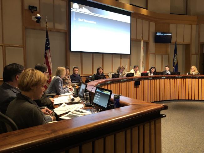 山景城市議會全票通過,修改市內的低於市價住房條款,希望建商能在開發案中加入更多可負擔單位。(圖:本報檔案照片)
