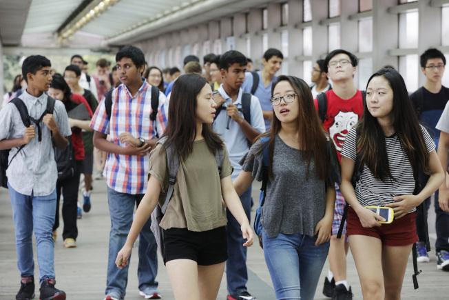亞裔學生多錄取紐約菁英高中。(美聯社)