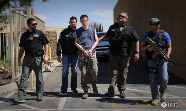 川普政府宣布延遲包括洛杉磯在內的大城市無證移民掃蕩計畫,但仍無法緩解住在南加州的無證移民內心恐慌。(ICE網站)