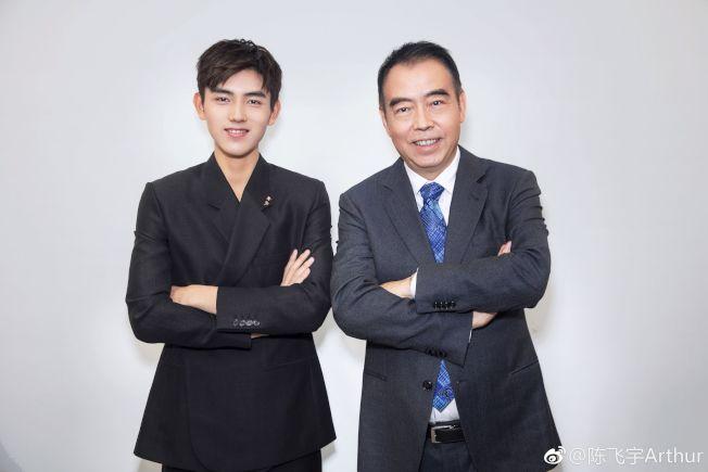 73.陳飛宇與父親陳凱歌。(取材自微博)