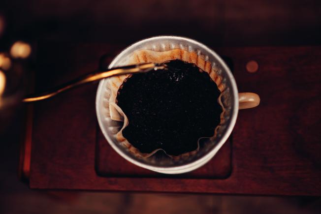每天三、四、五杯咖啡對心臟很好,也對身體其他部位很好,特別是肝臟。 圖/ingimage