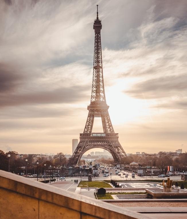 一些已獲法國庇護的難民,努力融入新生活、新工作。(Pexels)