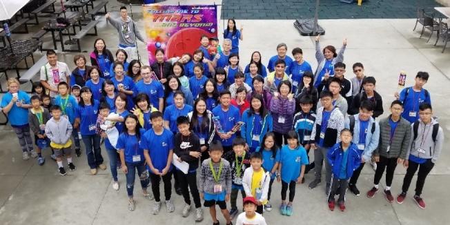 「聖地雅歌台灣基督教會」舉行勇士夏令營,20位來自台灣的青少年前來服務,進行文化交流,體驗美國生活。(主辦單位提供)