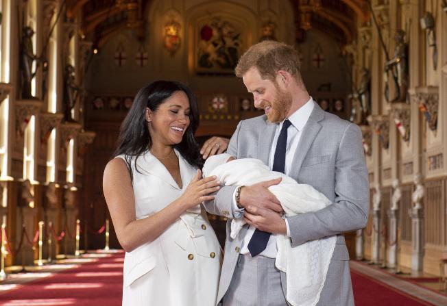 英國王室哈利王子與妻子梅根疑因與威廉王子與凱特不合,要搬出倫敦市中心的肯辛頓宮,新居相中位於市郊、較為幽靜的「弗洛格摩別墅」。(新華社)