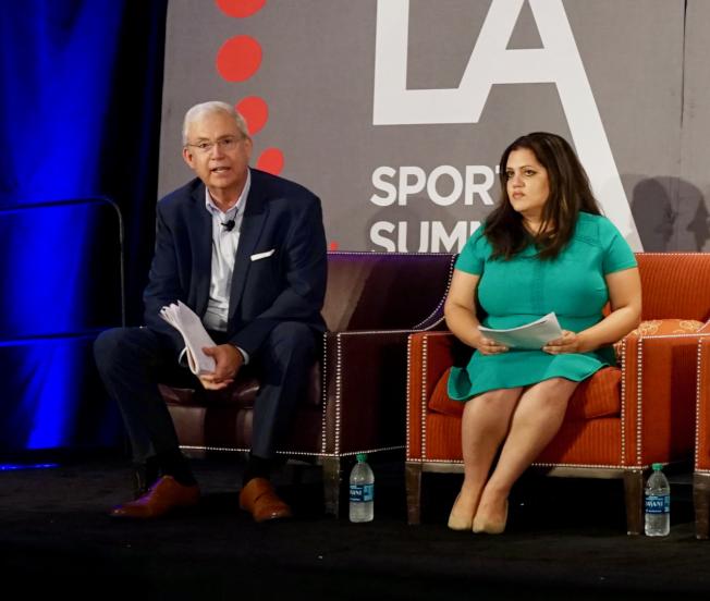 洛杉磯縣經濟發展公司資深經濟學家Somjita Mitra(右)認為,體育已經成為洛杉磯發展的重要產業之一。(記者陳開╱攝影)