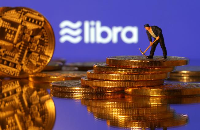 英國央行總裁卡尼表示,考慮讓臉書Libra等業者作隔夜存款。(路透)