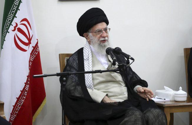 川普施壓 經濟制裁伊朗 切斷哈米尼等高官金流