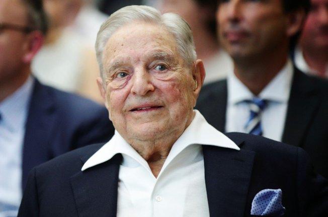 美國18名富豪公開聯名,呼籲政府向0.1%巨富課徵富人稅。圖為億萬富豪索羅斯。路透