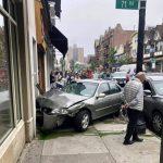 汽車衝進皇后區森林小丘路邊餐廳 四人受傷送醫
