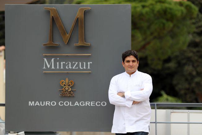 圖為今年奪下第1名的Mirazur餐廳主廚Mauro Colagreco在餐廳前留影。Getty Images