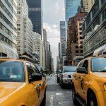 紐新航港局提新規 擬對進出機場的計程車、電召車收費