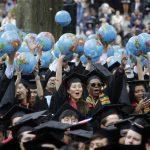 哈佛大學畢業典禮演講 梅克爾:只要去試什麼都有可能