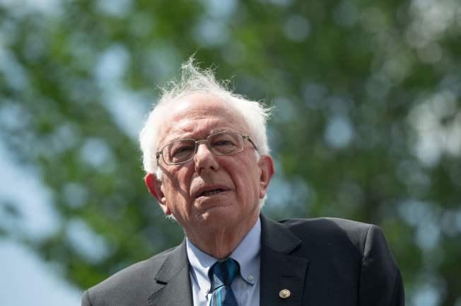 桑德斯參議員的政見越來越左傾,目前全國民調名列第二。(美聯社)
