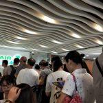 長榮航空罷工 灣區旅客滯留 轉簽一票難求