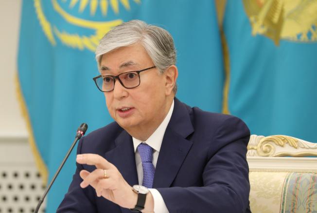 哈薩克總理托卡耶夫表示,他將會一筆勾銷300萬國民的不良貸款,終結政府大手筆紓困計畫。(路透)